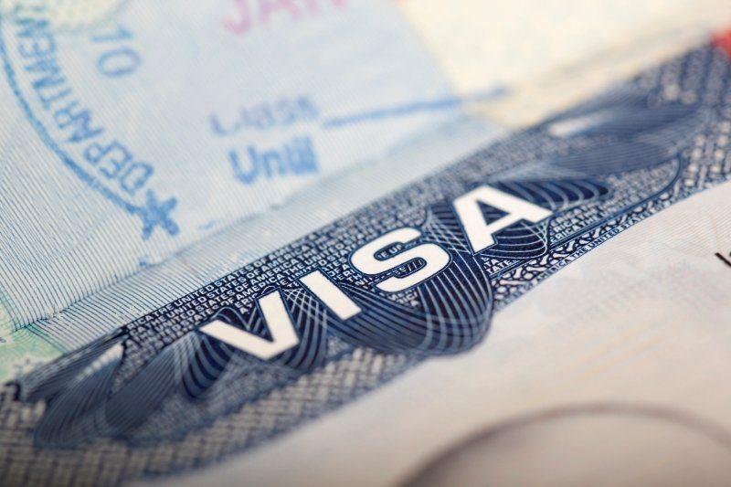 Можно ли купить авиабилет без визы