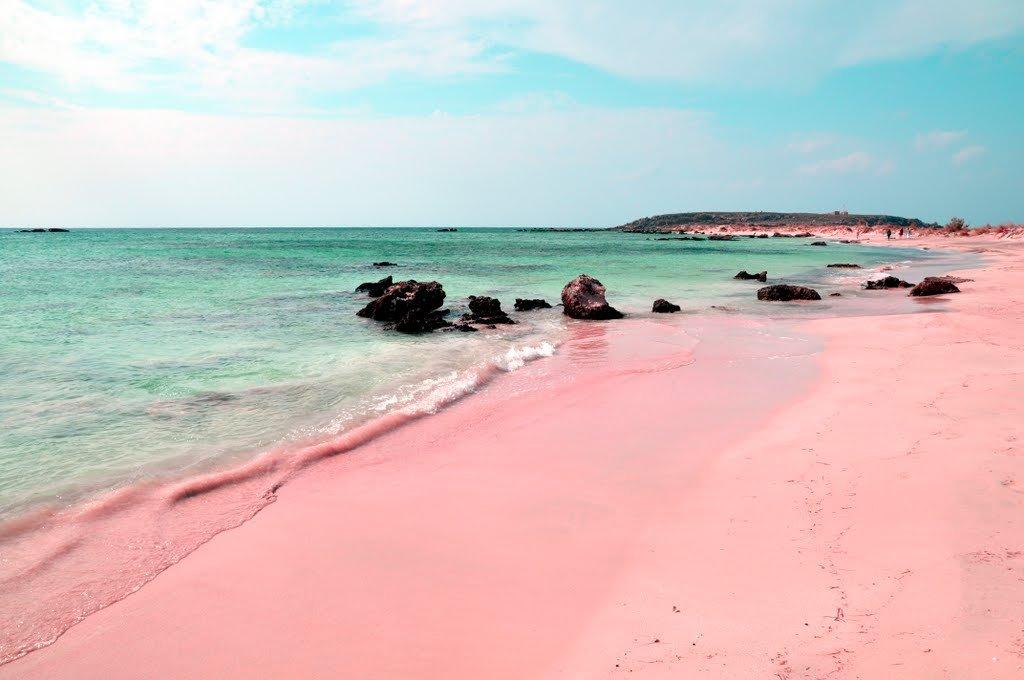 Розовый пляж острова Харбор на Багамах