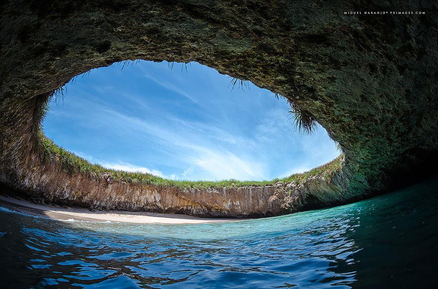 Скрытый пляж, Мексика
