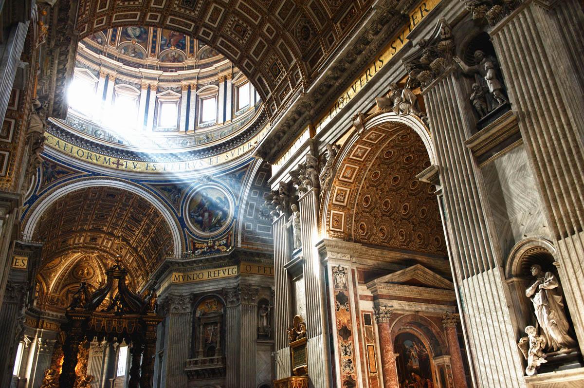 Собор_Святого_Петра,_Ватикан